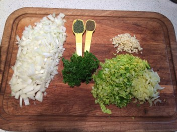Usual soup basics: onion, celery, garlic, thyme, celery seed, and parsley.